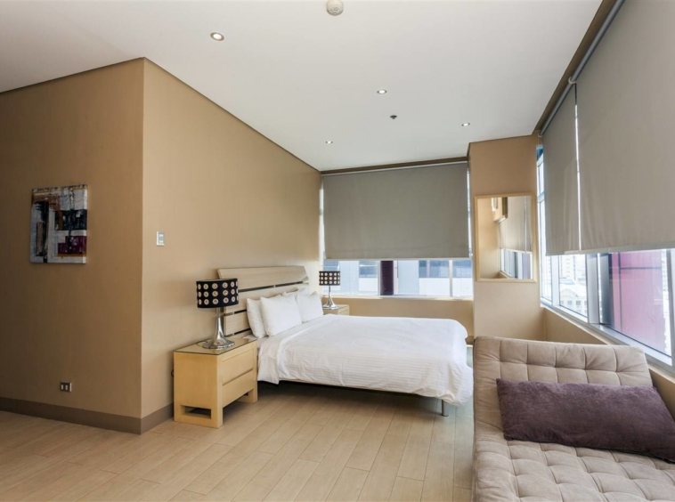3BR Condo For Rent Luxe Residences