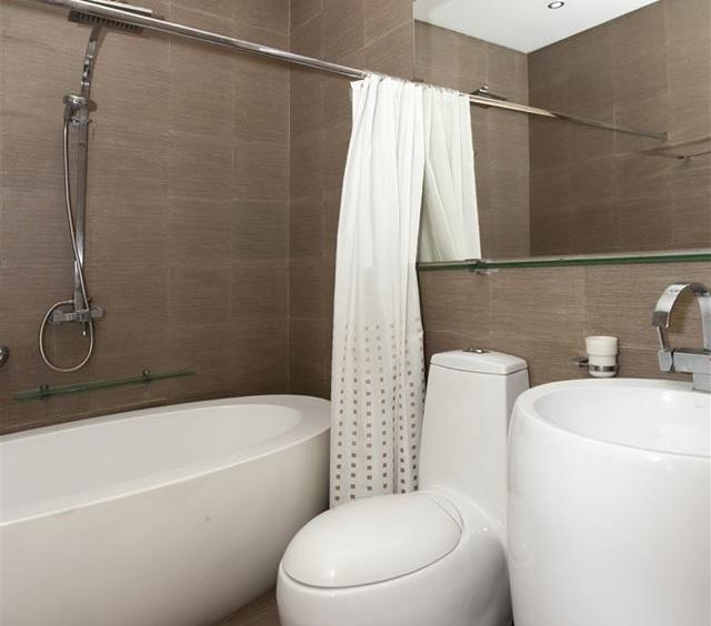 3BR Luxe BGC Condominium For Rent