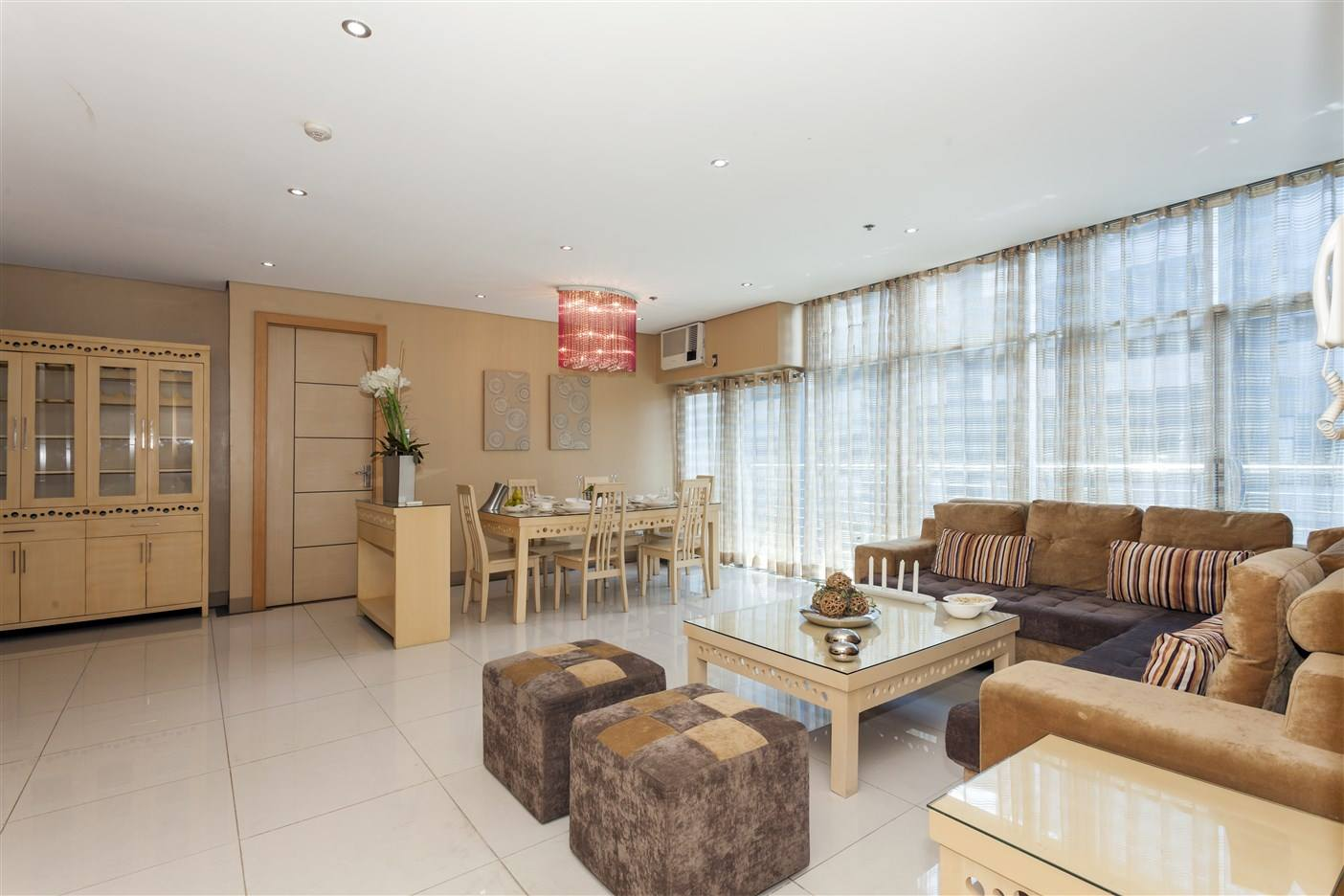 3 BR For Rent BGC Luxe Residences BGC