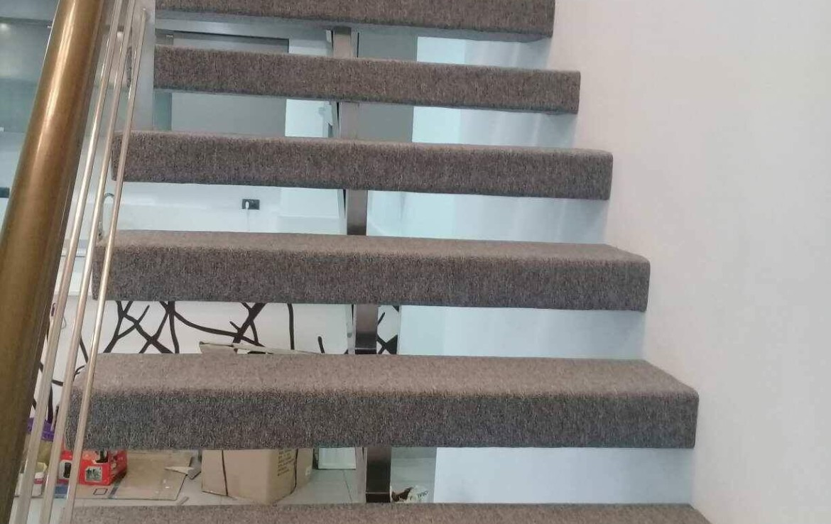 3BR Condo For Sale F1 Hotel Stairs