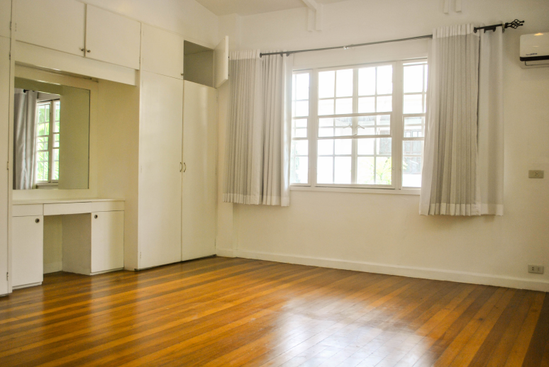 Dasmarinas Village House For Rent Bedroom View 2