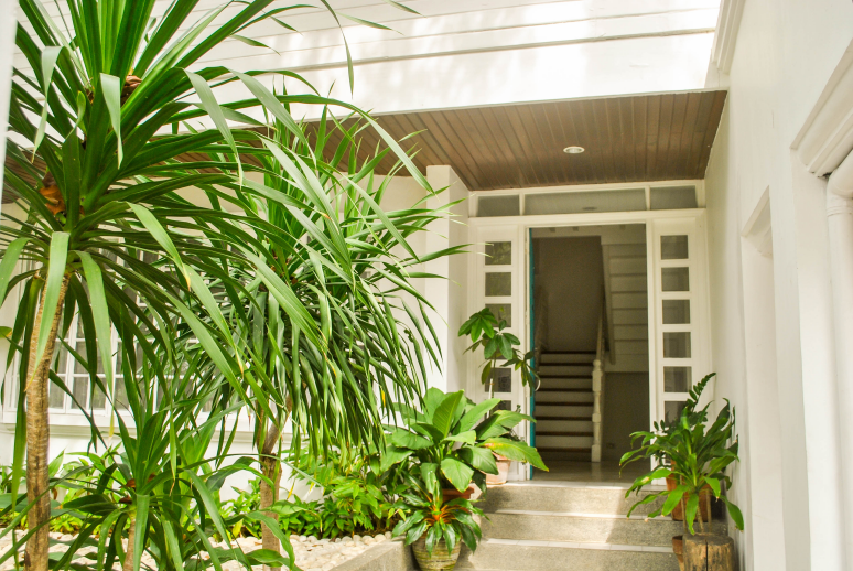 Dasmarinas Village House For Rent Entrance Outdoor View