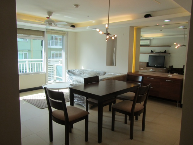 2BR Palm Tower, One Serendra For Rent Condo