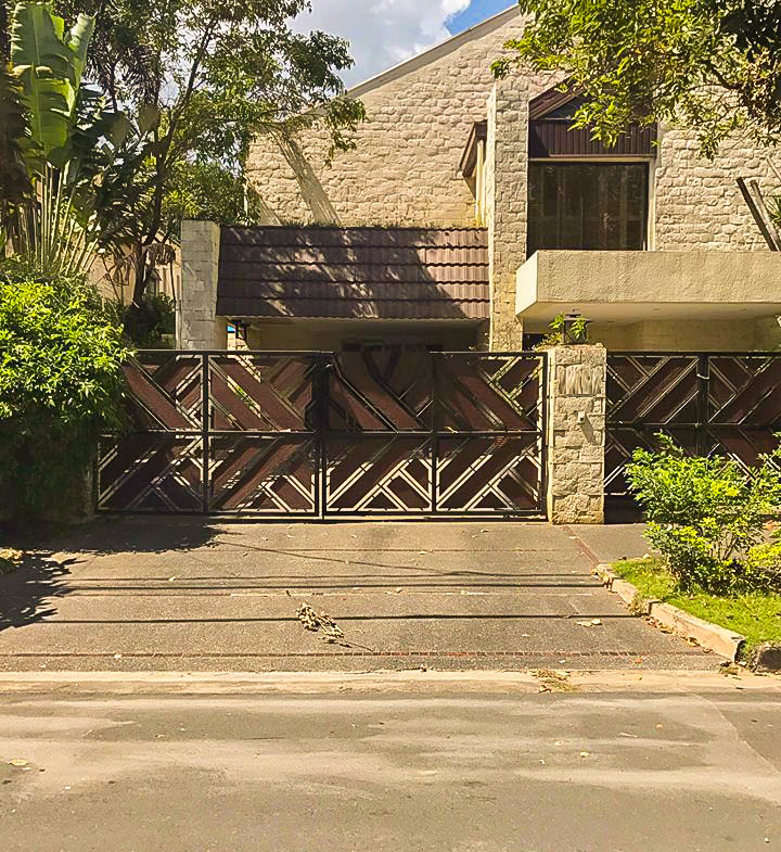 3BR For Rent Dasmarinas Village Makati City House Front