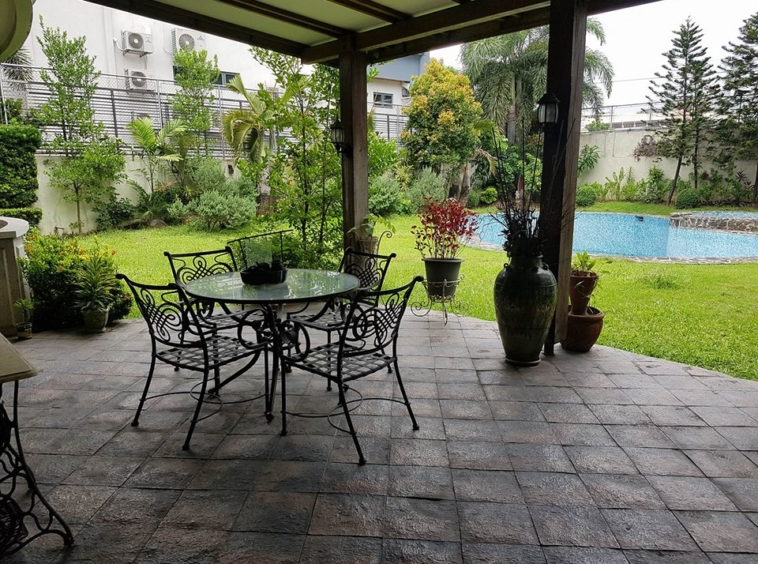 6BR House For Rent Dasmariñas Village Outer Area View 3