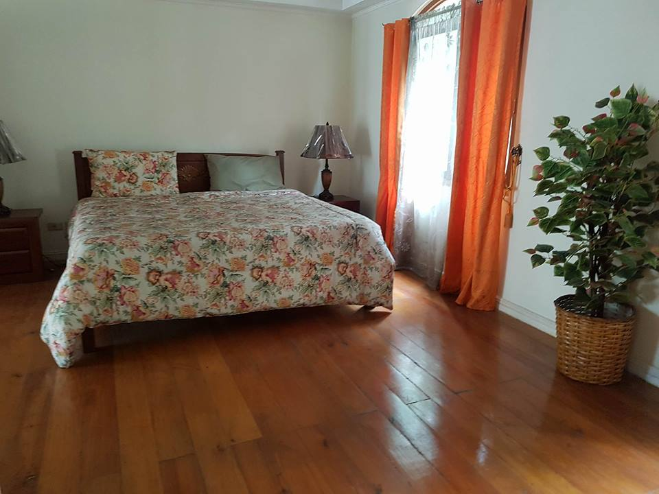 6BR House For Rent Dasmariñas Village Bedroom 1 View 1