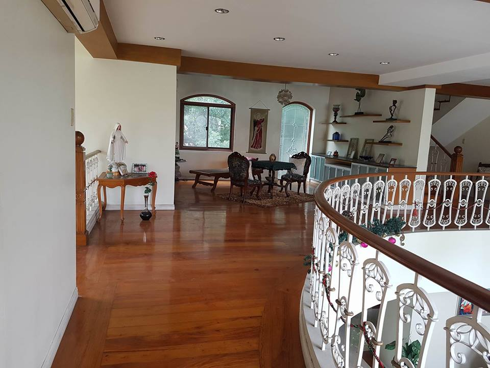 6BR House For Rent Dasmariñas Village View 3