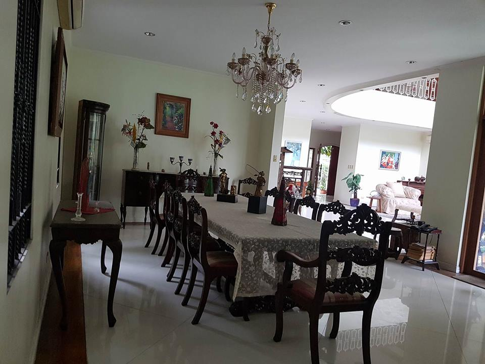 6BR House For Rent Dasmariñas Village Dining Area View 1
