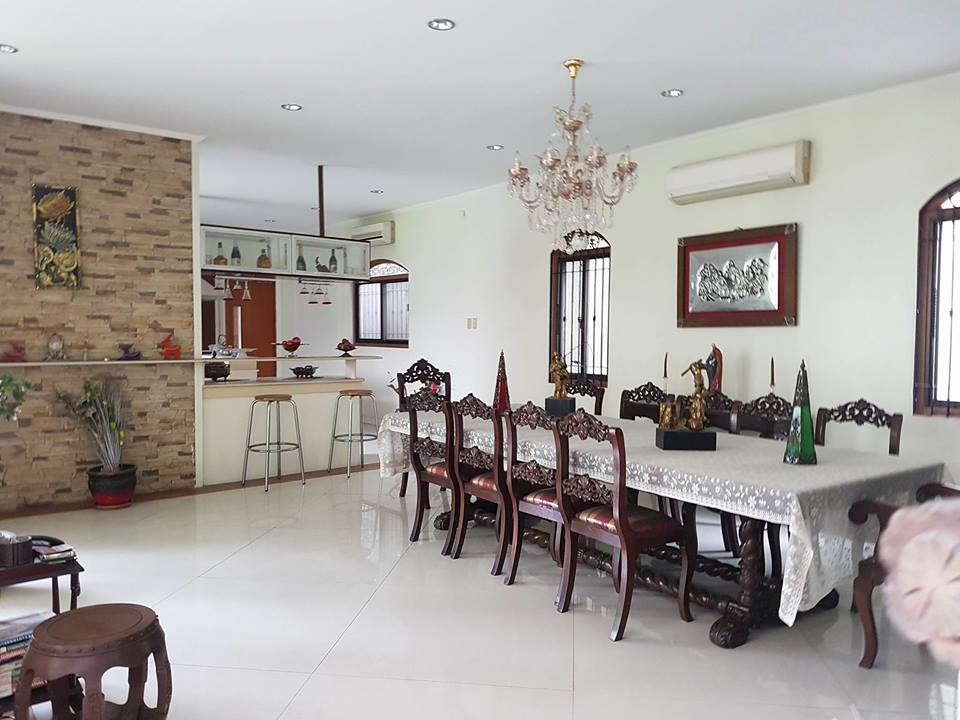 6BR House For Rent Dasmariñas Village Dining Area View 2
