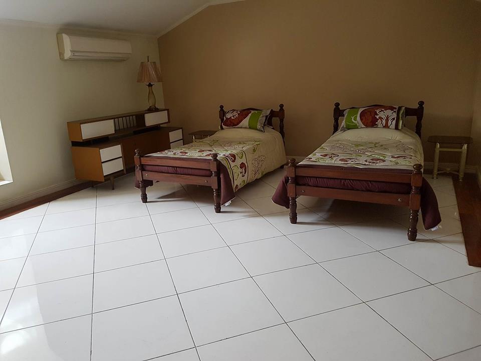 6BR House For Rent Dasmariñas Village Bedroom 3