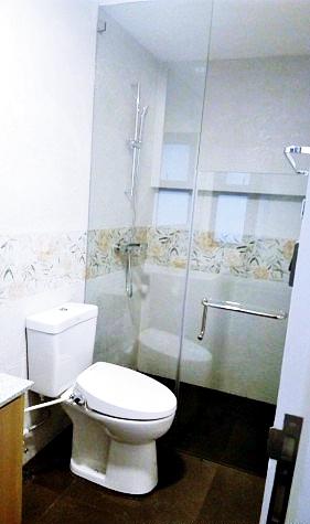 White Plains Subdivision Toilet