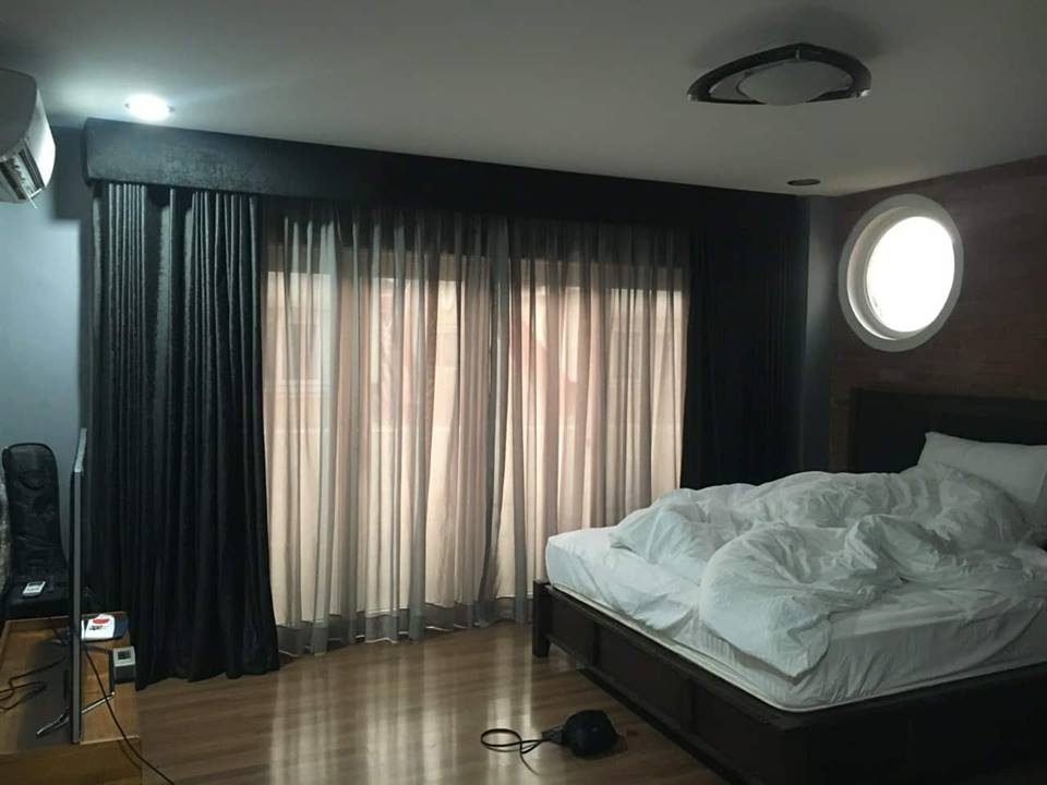 4BR Townhouse For Sale New Manila Bedroom