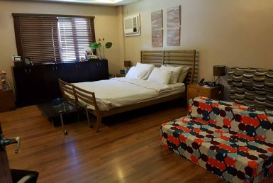 9BR House For Sale Dasmariñas Village Bedroom 2