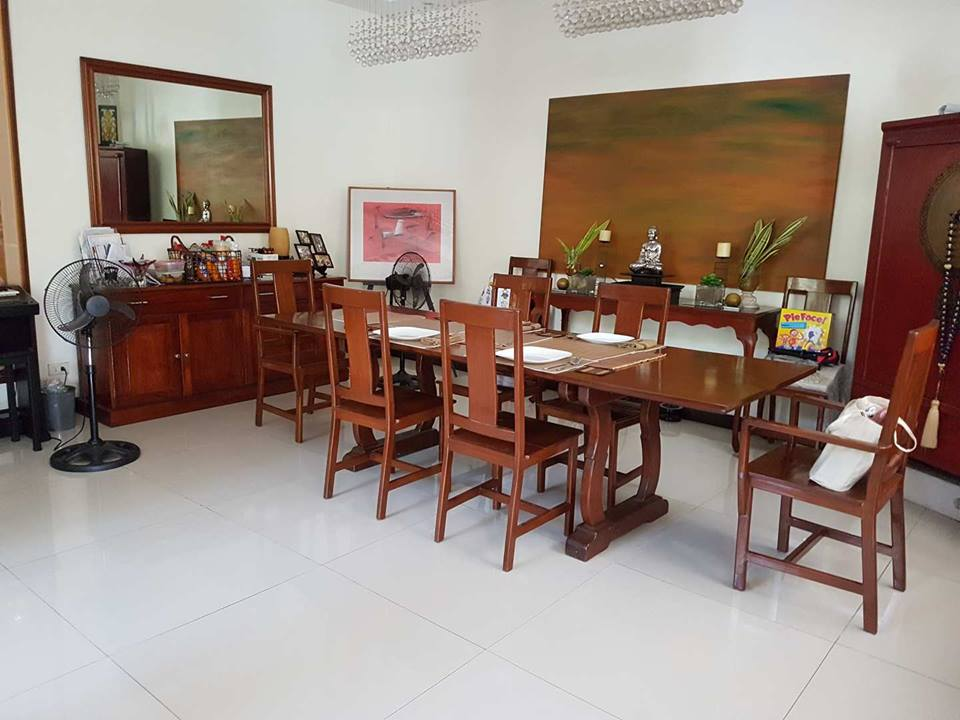 9BR House For Sale Dasmariñas Village Dining Area