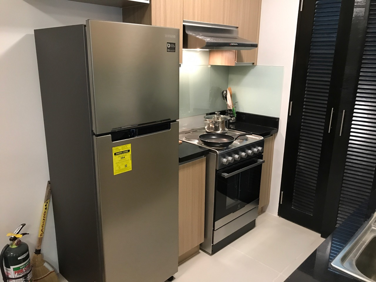1BR Condo For Rent One Maridien Kitchen View 1