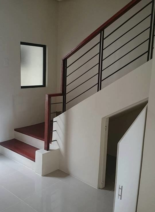 4BR Townhouse For Sale GSIS Village View 4