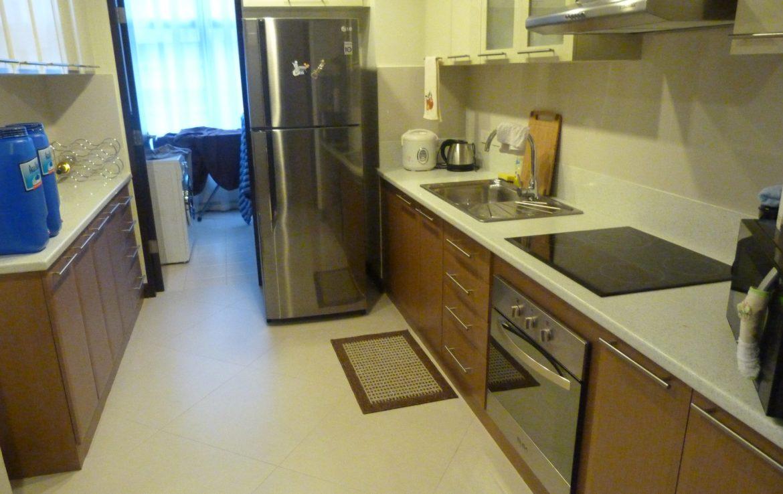 2BR Condo One Central, Salcedo Village Kitchen