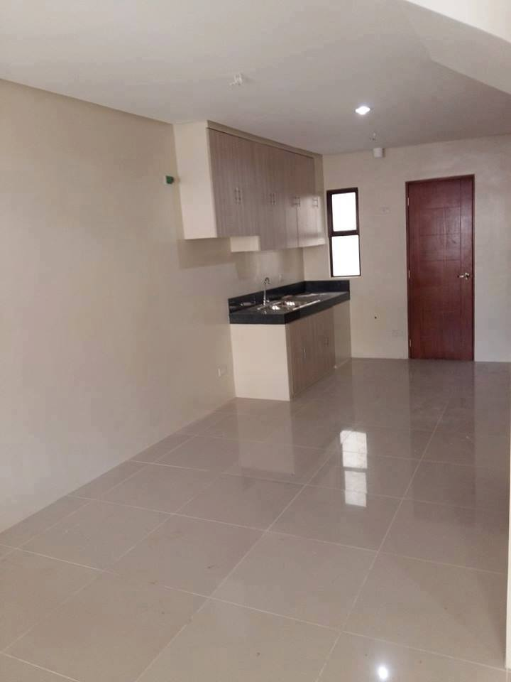 4BR Townhouse For Sale GSIS Village View 6