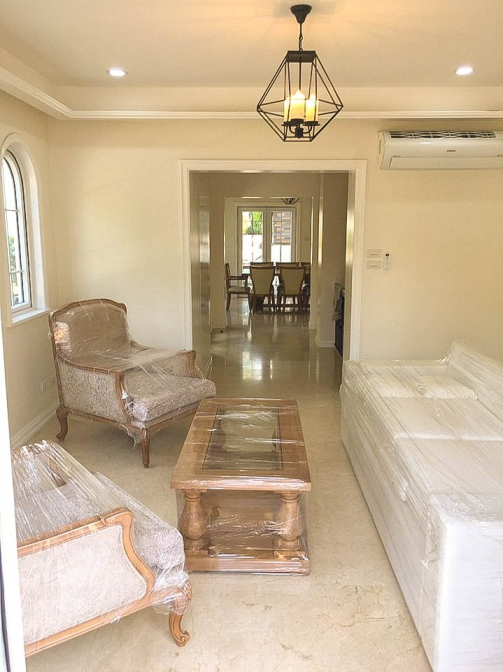 6 BR McKinley Hill Village For Sale Living Area