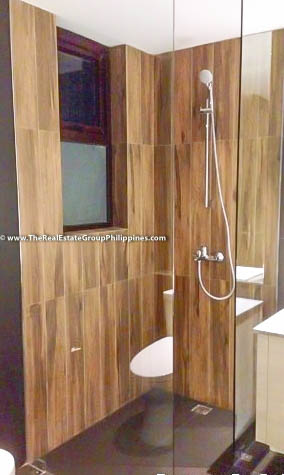 6BR House For Sale Rent, Buckingham St., Hillsborough Alabang Village, Muntinlupa City bathroom