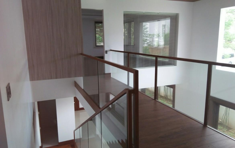 6BR House For Sale Rent, Buckingham St., Hillsborough Alabang Village, Muntinlupa City 2nd Floor