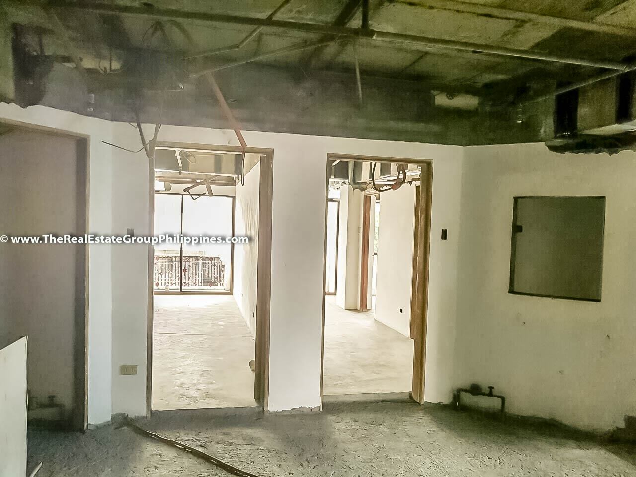 1,260 Sqm, 5-Storey Residential Building For Sale, Makati City Interior
