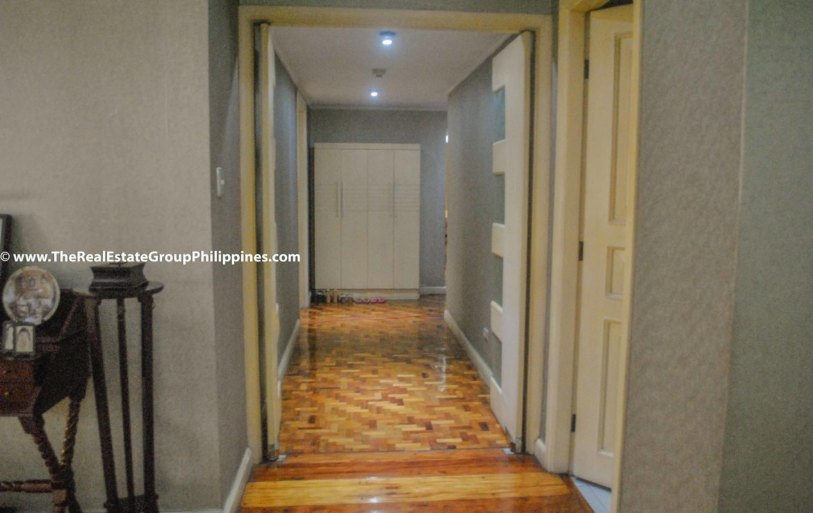 3BR For Sale Pacific Plaza Ayala 9B-13