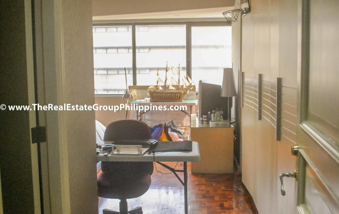 3BR For Sale Pacific Plaza Ayala 9B-14