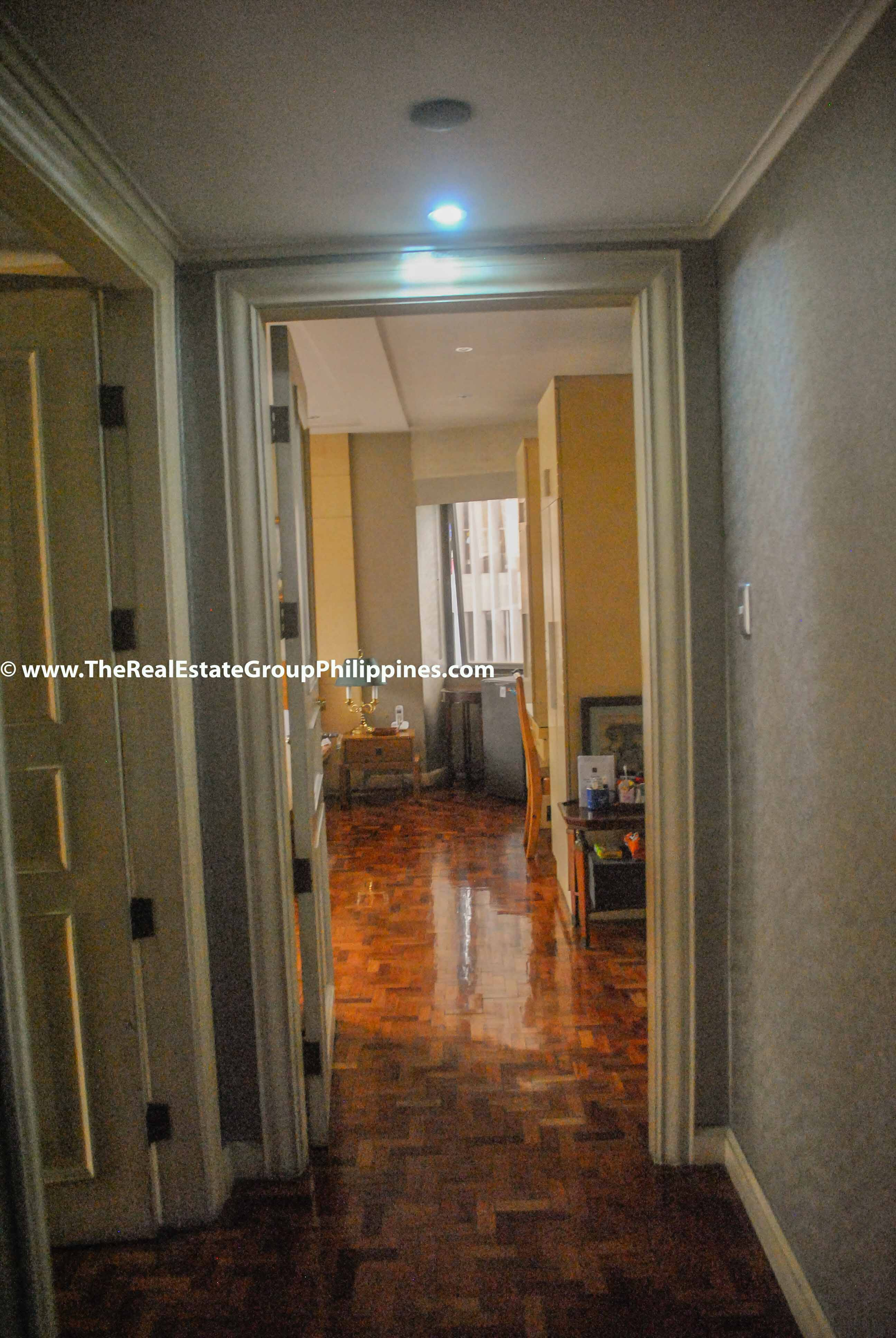 3BR For Sale Pacific Plaza Ayala 9B-21