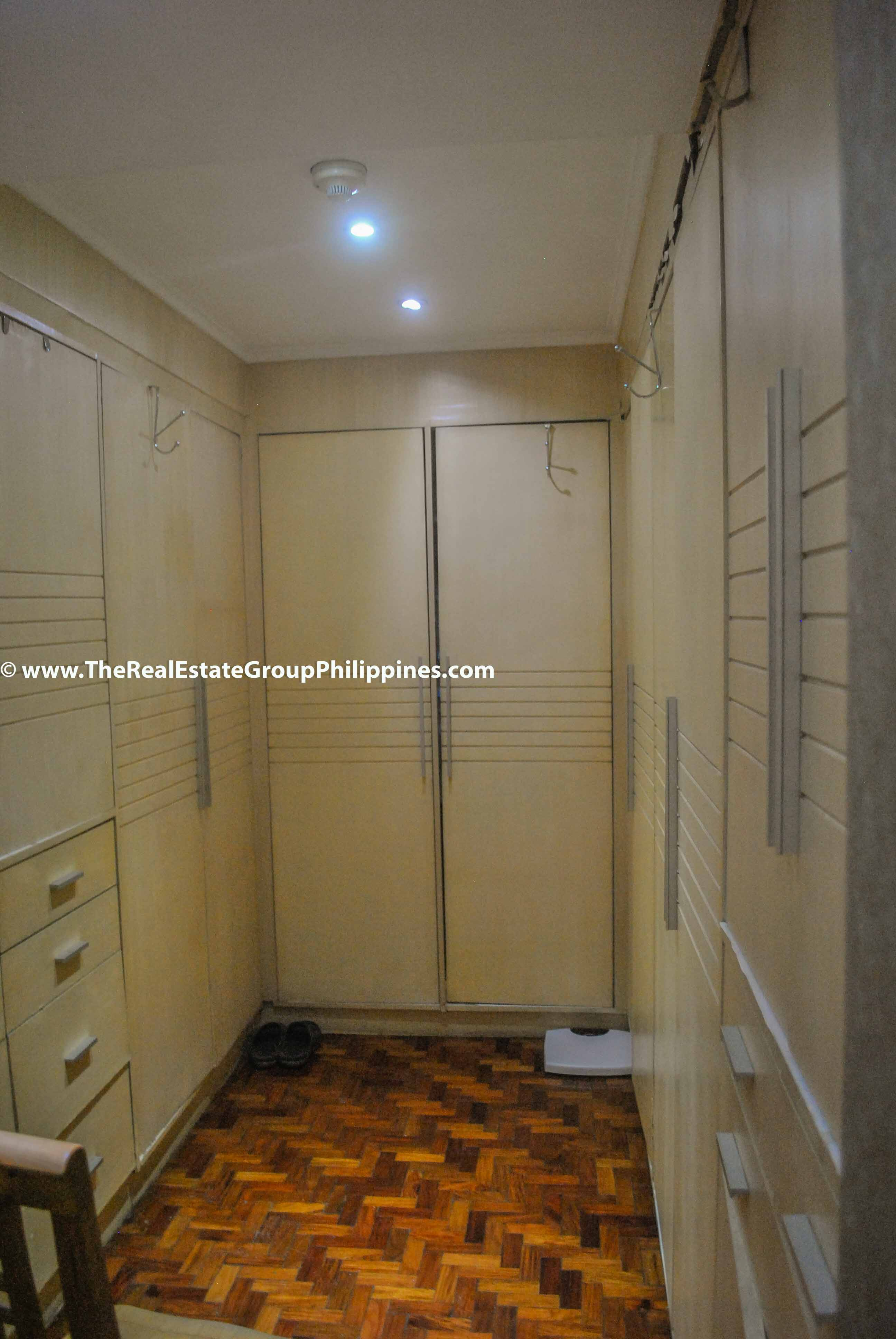 3BR For Sale Pacific Plaza Ayala 9B-33