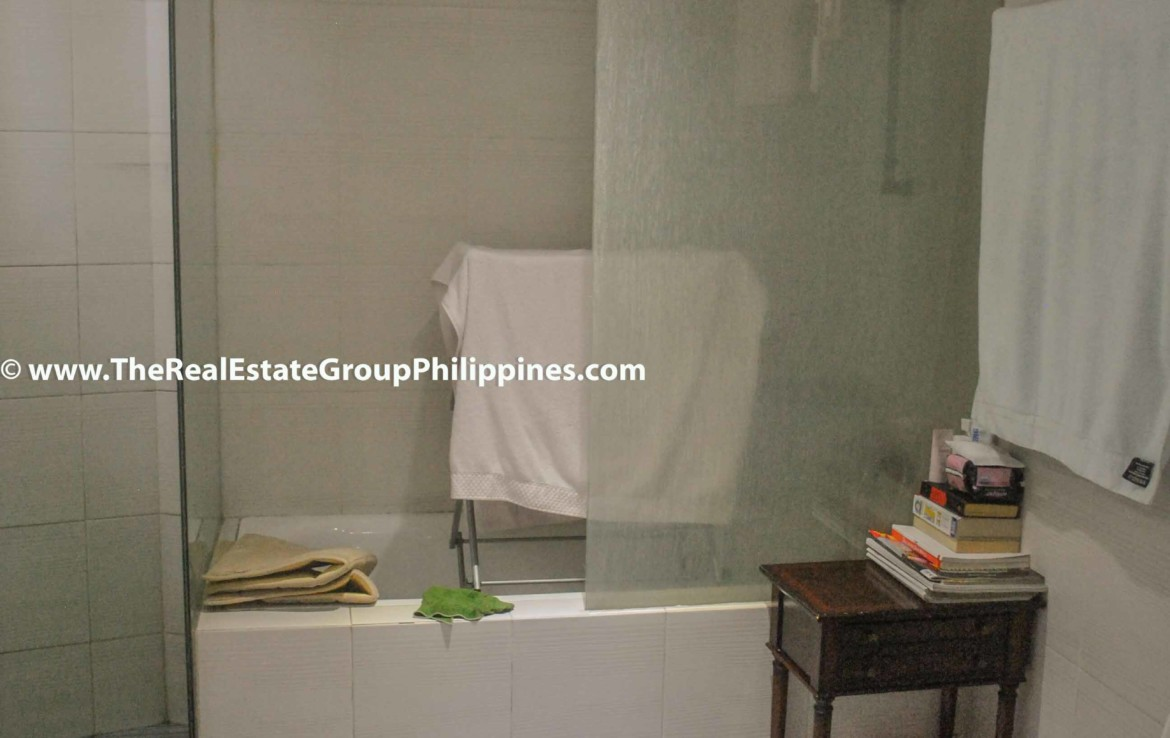 3BR For Sale Pacific Plaza Ayala 9B-36