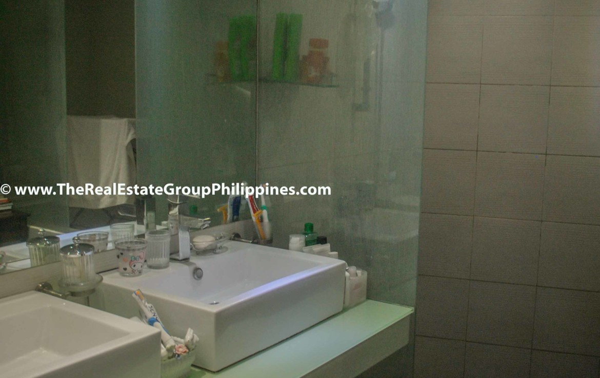 3BR For Sale Pacific Plaza Ayala 9B-37