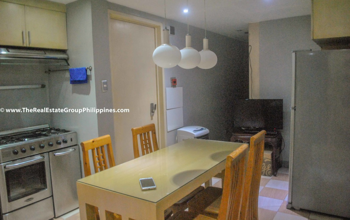 3BR For Sale Pacific Plaza Ayala 9B-42