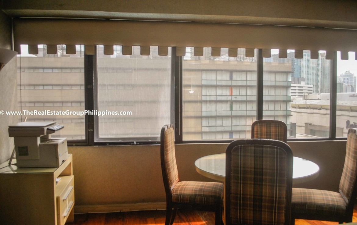 3BR For Sale Pacific Plaza Ayala 9B-9