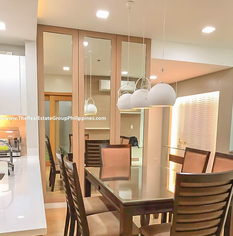 For Rent Park Terraces Point Tower 2BR dining