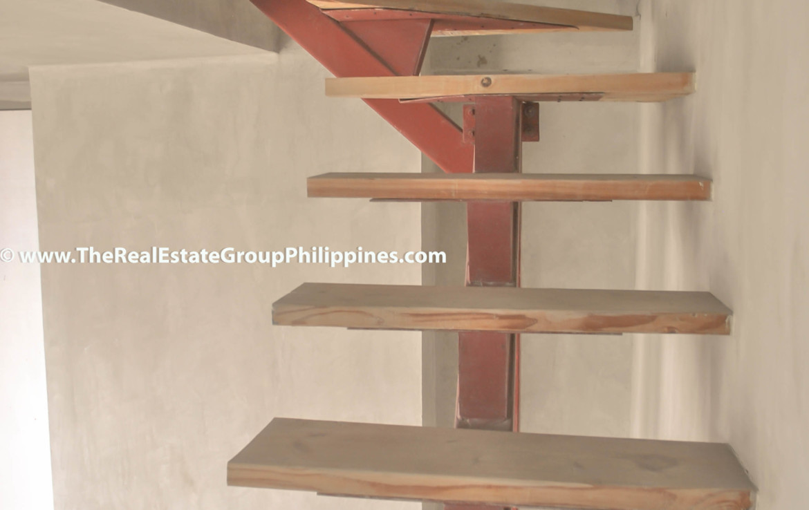 Fort Victoria BGC Condo For Sale 2BR stairs