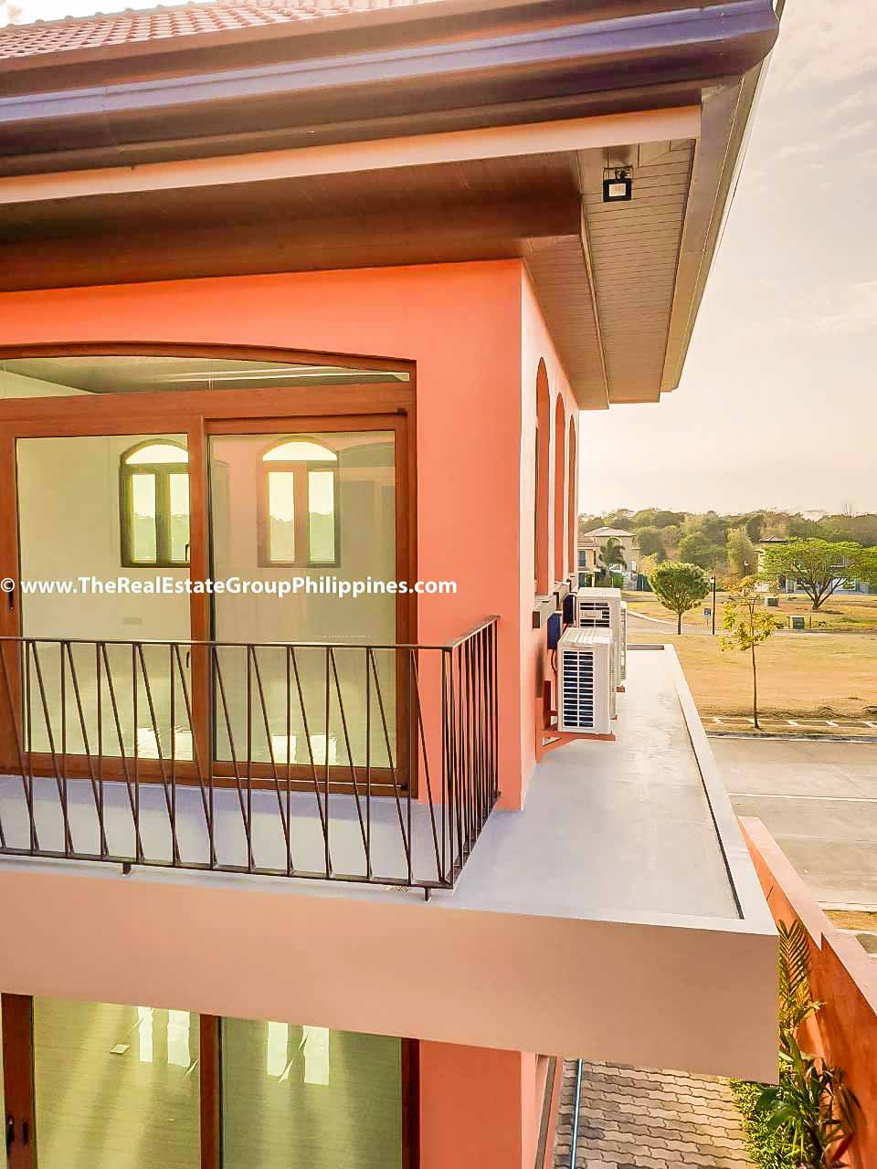 4 Bedrooms House For Rent, Portofino South, Las Piñas City-6
