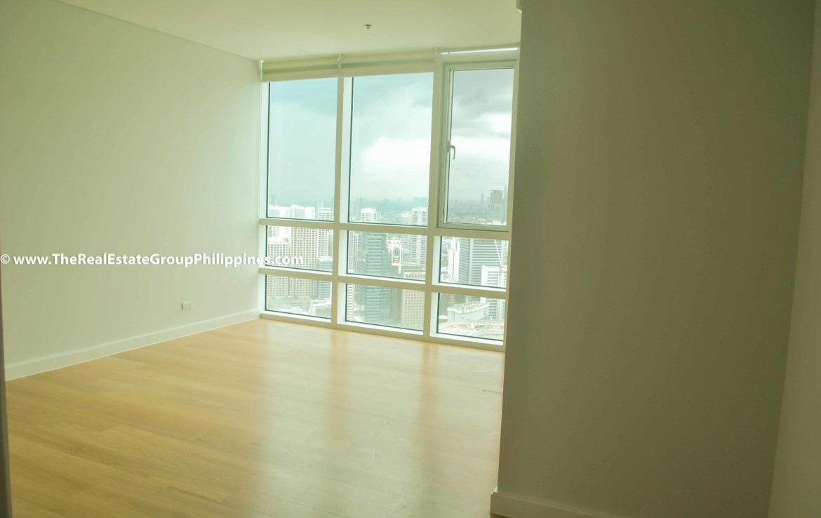 3BR For Sale Park Terraces Point Tower 54B-39