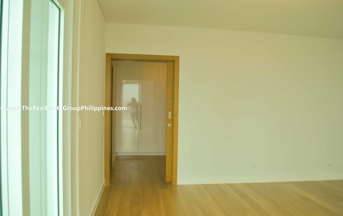 3BR For Sale Park Terraces Point Tower 54B-58