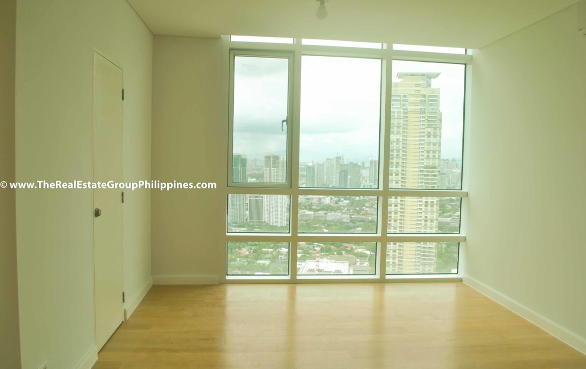 3BR For Sale Park Terraces Point Tower 54B-69