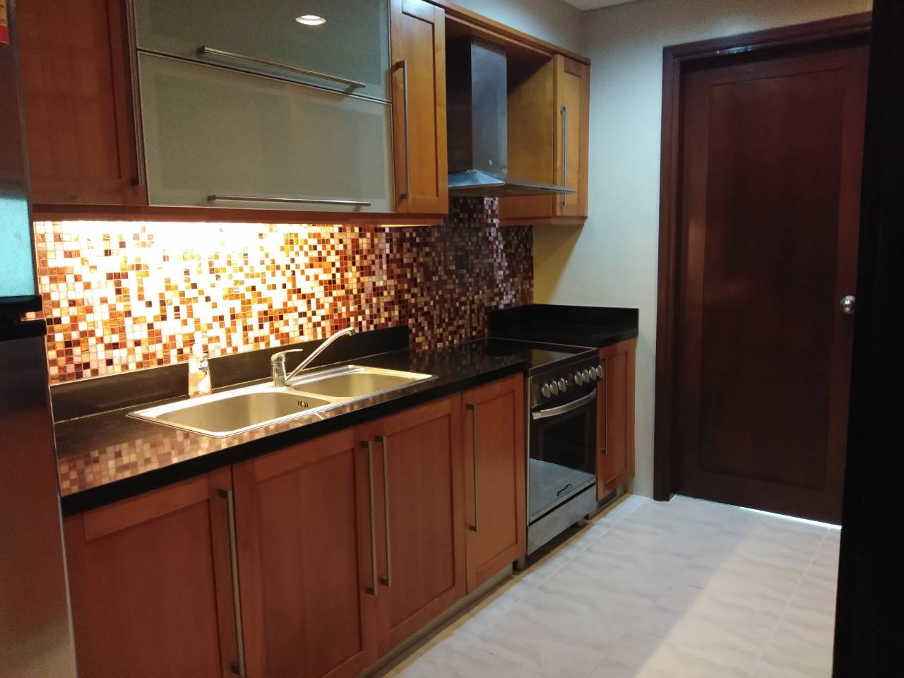 2 Bedrooms Condo For Rent, The Residences At Greenbelt Kitchen View 1