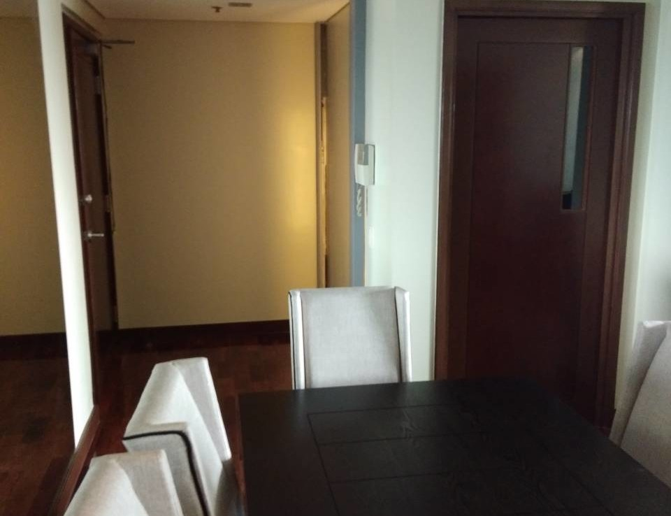 2 Bedrooms Condo For Rent, The Residences At Greenbelt Dining Area