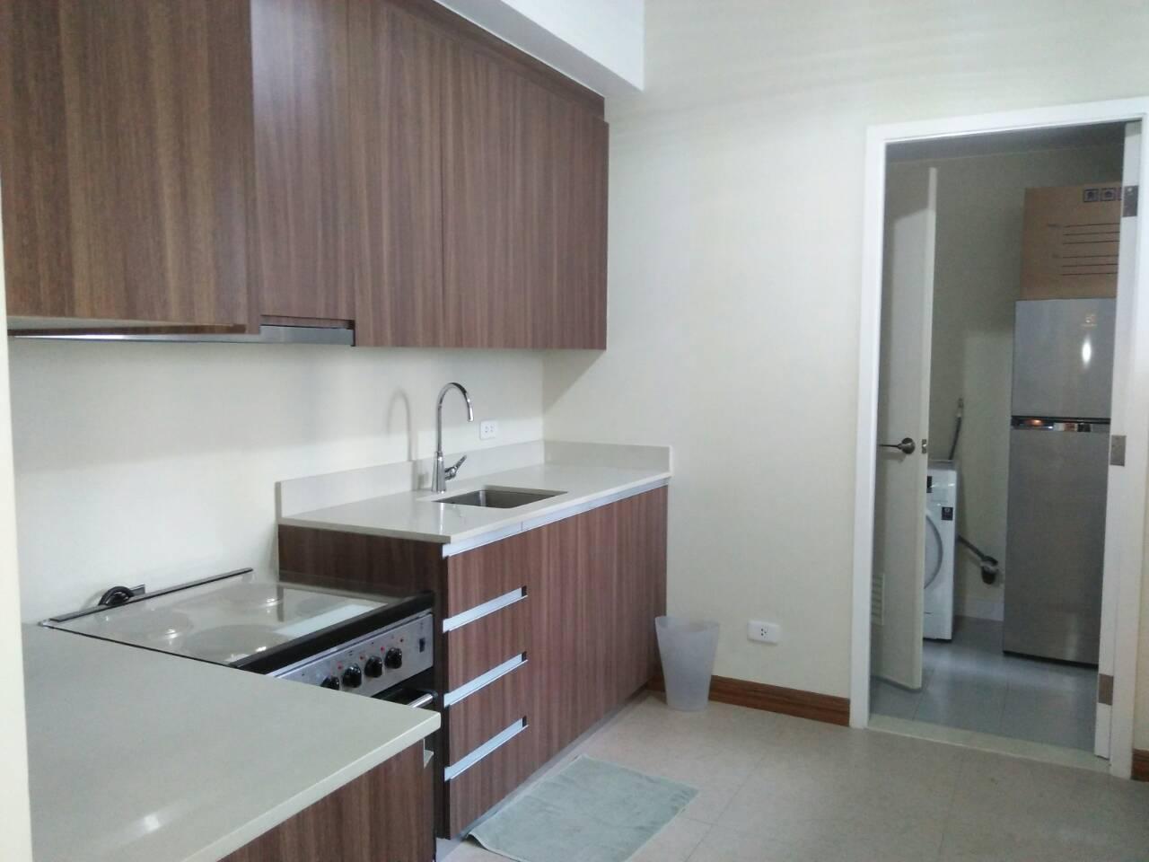 2 Bedrooms Condo, Shang Salcedo Place Kitchen