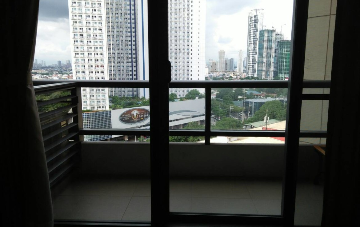 2 Bedrooms Condo, Shang Salcedo Place Balcony View 2