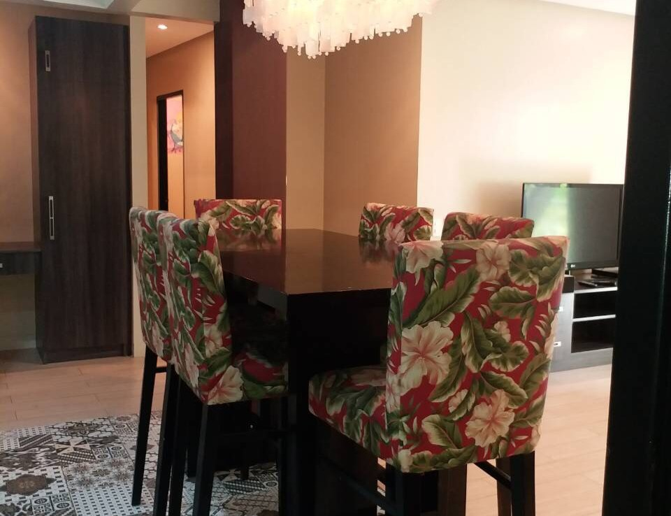 For Rent, Almond, Two Serendra, BGC, Taguig City Dining Area 2