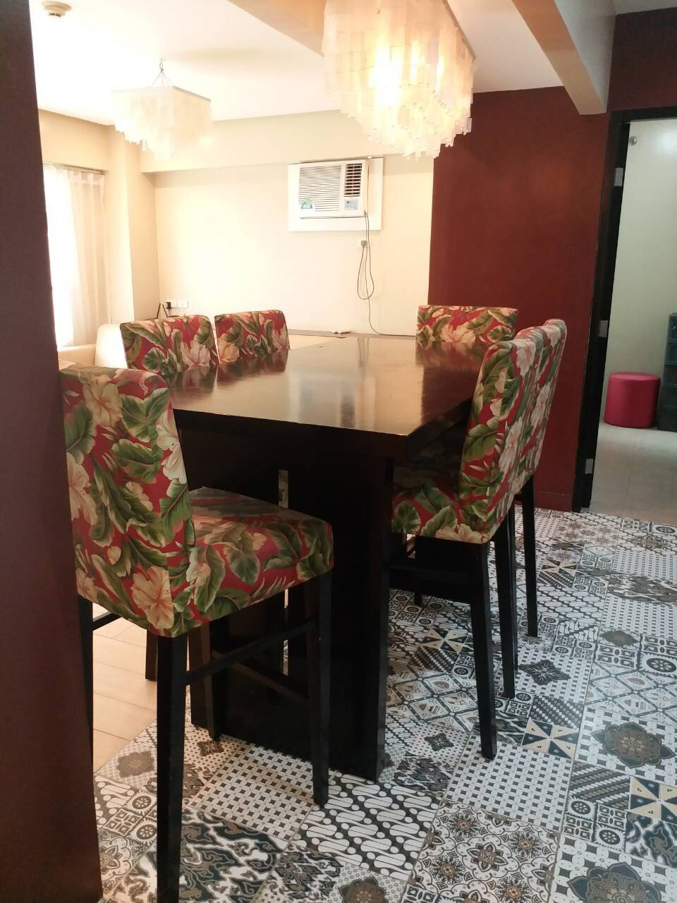 For Rent, Almond, Two Serendra, BGC, Taguig City Dining Area 1