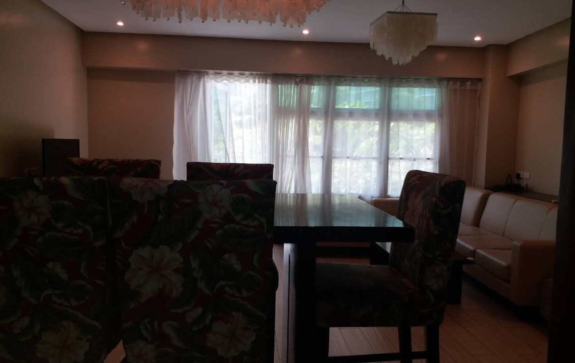 For Rent, Almond, Two Serendra, BGC, Taguig City Dining Area View 1