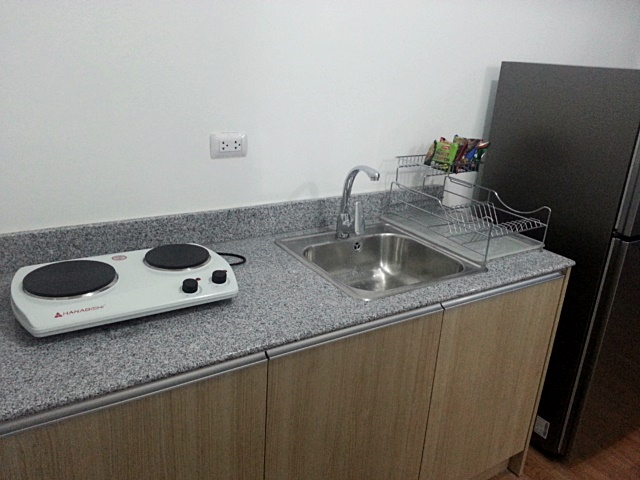 Kitchen 1BR Condo For Rent The Linear Makati City