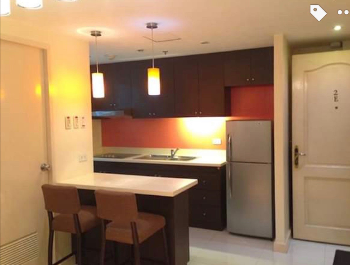 1 Bedroom Condo For Sale, Forbeswood Heights Kitchen
