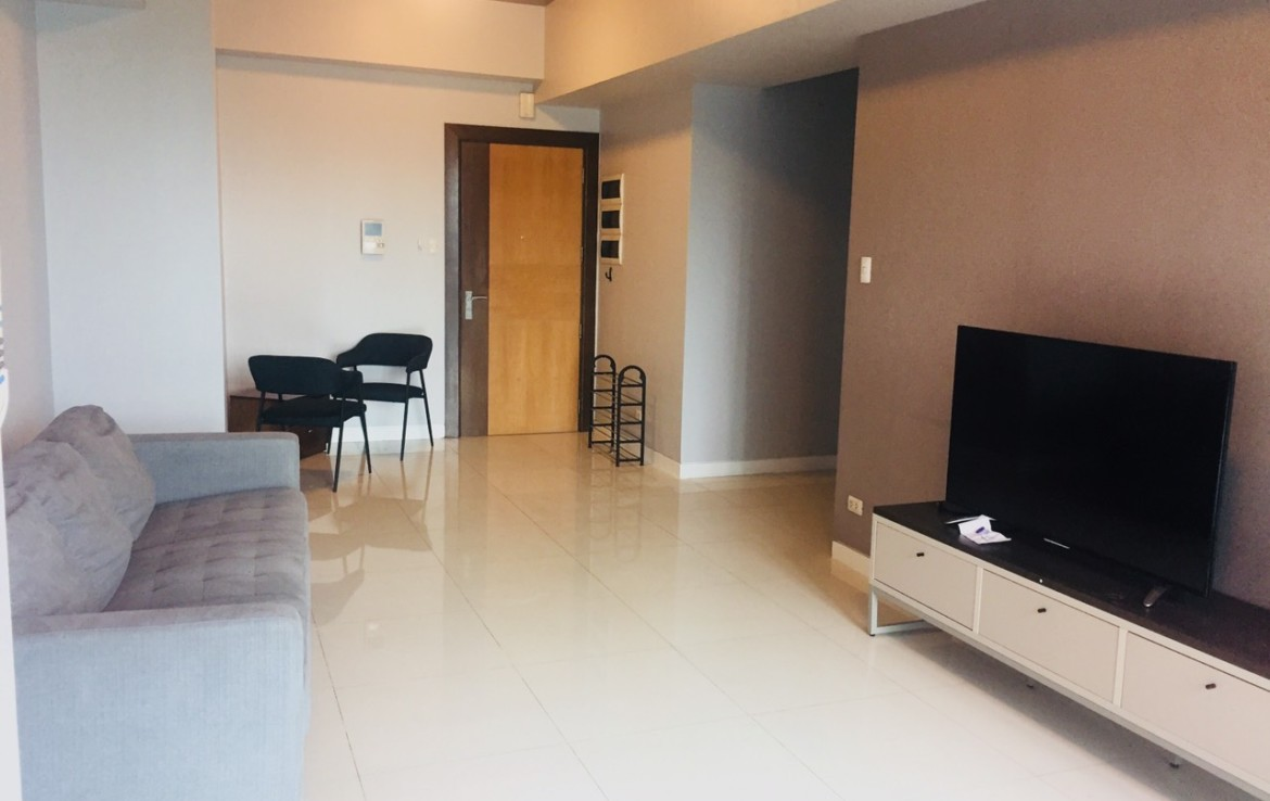 2BR Condo For Rent, 8 Forbestown Road Living Area View 1